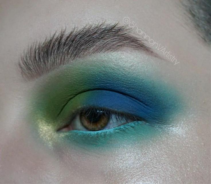 #freetoedit #makeup #beauty #makeupartist #mua #eyeshadow #mue #makeupisart #eotd #motd #eyeart #followme #inspo