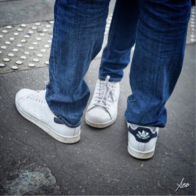 #basket #adidas #stansmith #people #street #streetphotograpy #streetphoto #streetstyle #photography #streetfashion #jeans #mode #photographylife #print #picoftheday #photooftheday #fashion