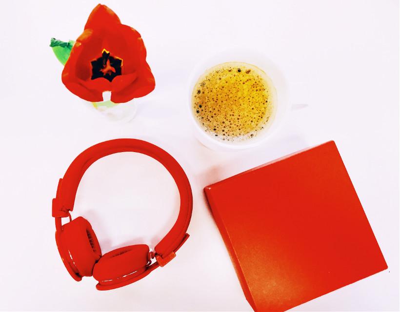 #freetoedit #red #redandwhite #coffee #box #headphones #tulip #redtulip #minimal #pccoffeecup #coffeecup
