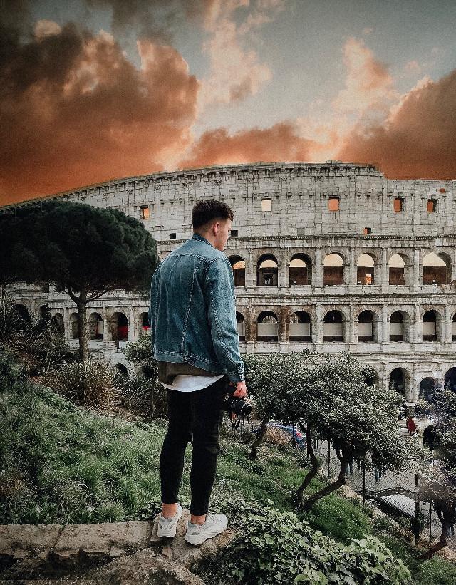 Colosseum  #freetoedit #colosseum #italy #rome #roma #man #sky