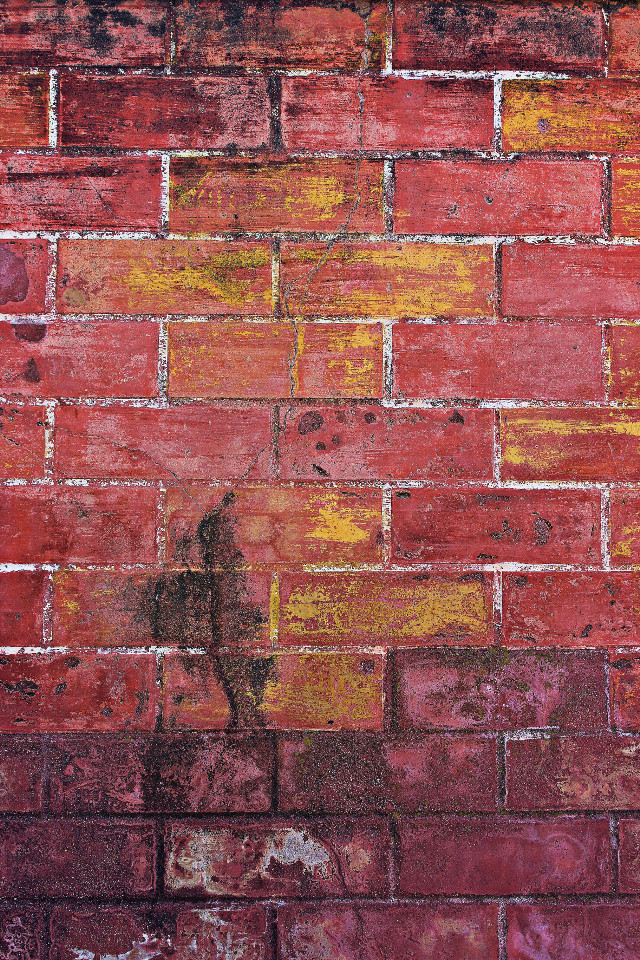 #urbanexploration #oldbuilding #brickwall #detail #patterns #grungetextures #urbanexploringphotography #freetoedit