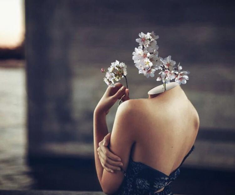 Shoutout to @omertasdemir for winning first place 🎉🤙🏼 #flower #flowerhead #headswap #freetoedit