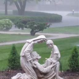 pcsidewalks sidewalks sidewalk statue raining