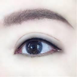 eyebrows eyeline