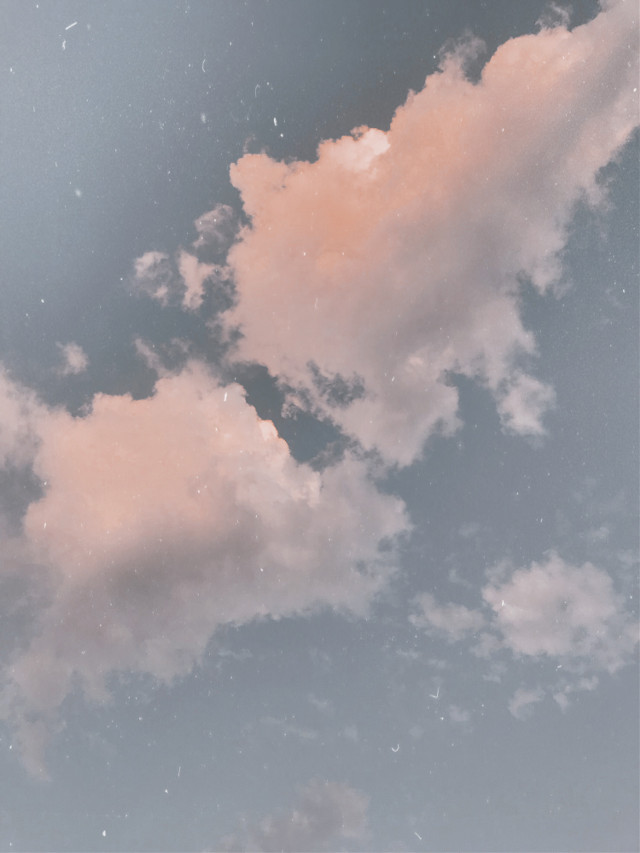 ☁️    . . . #myphotography #sky #clouds #freetoedit