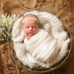 newborn baby pregnancy motherhood love