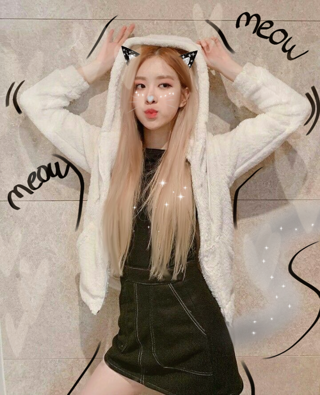 Sorry I didn't post yesterday  anyway and I did this edit on the bus on my way to home so it might be a bit scruffy in places 😅😂😁 . . .  #rose #roseblackpink #bp #blackpink #bprosé #rosebp #blackpinkrose #blackpinkedit #roseedit #kpopedit