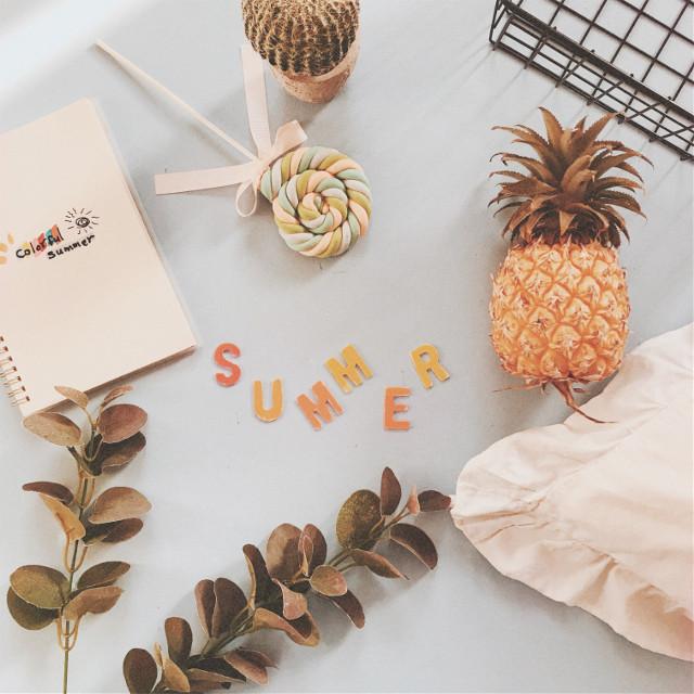 🍍   . . . #myphotography #summer #flatlay #pccolorfulsummer #colorfulsummer
