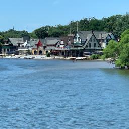 boathouses schuylkillriver bluesky bluewater naturesbeauty