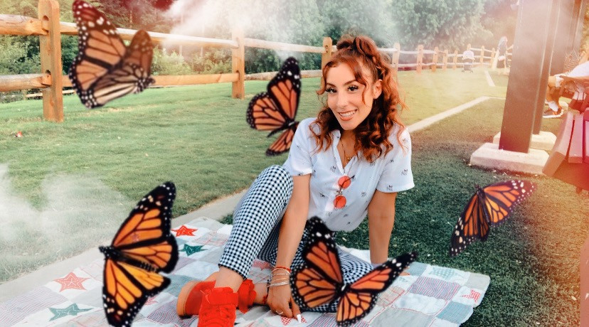 July 29 🎈 Leo baby #freetoedit #leogang #leoseason #birthdaygirl #fridaxitlalhic #fridax #frida #butterflies #dreamy #dream #smoke #checkered #vintage #sipandpaint #orangehair #ginger #prettygirl #pretty #cute #outside