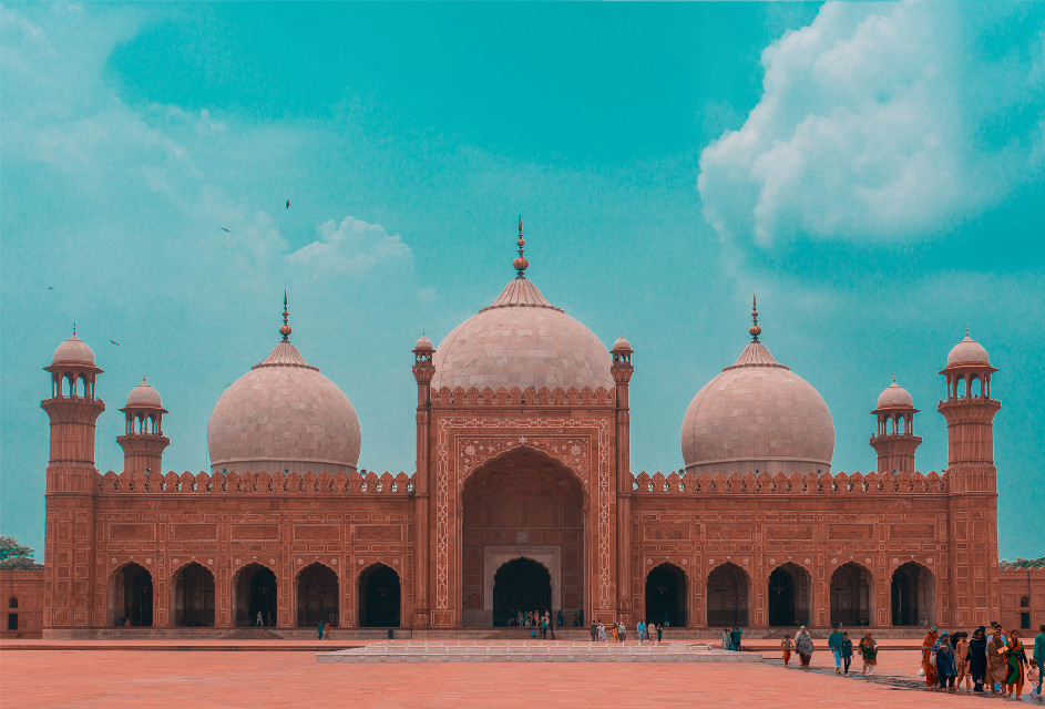 One splash of awesome in the morning can change your whole day Unsplash (Public Domain) #india #architecture #background #backgrounds #freetoedit