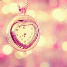 clock loveheart sparkle rosegold