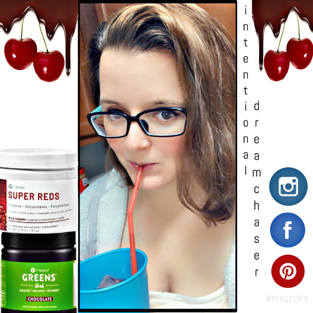 #freetoedit i love this new concotion using our chocolate greens and super reds making it a chocolate covered cherry drink. Its simple to make and delicious. I call this win right here. #itworks #itworkslife #drink #itworksgreens #itworksreds #entrepreneur #recipes #healthylifestyle #selfies