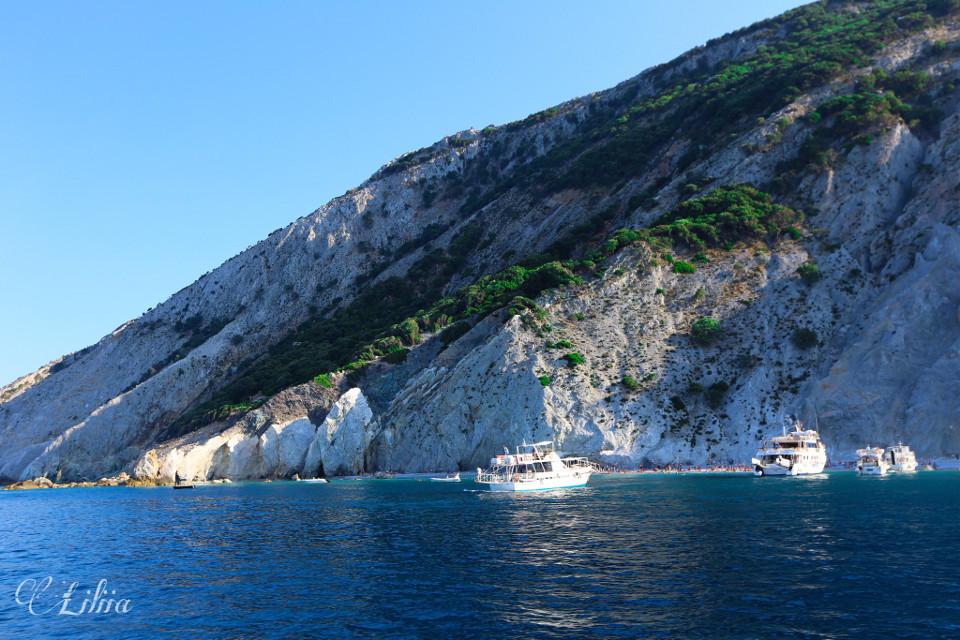 #island #nature #landscapephotography #yacht #greece #naturephotography #landscape #sea #photooftheday