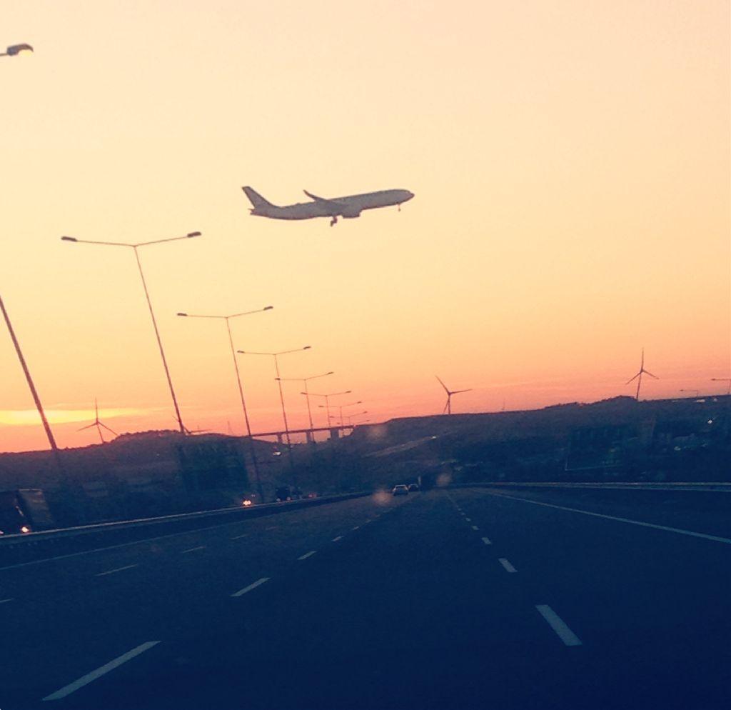 #freetoedit #highway #sunset #plane #perspectivetool #myphoto #journey @picsart 💙💙💙 happy new week friends😘