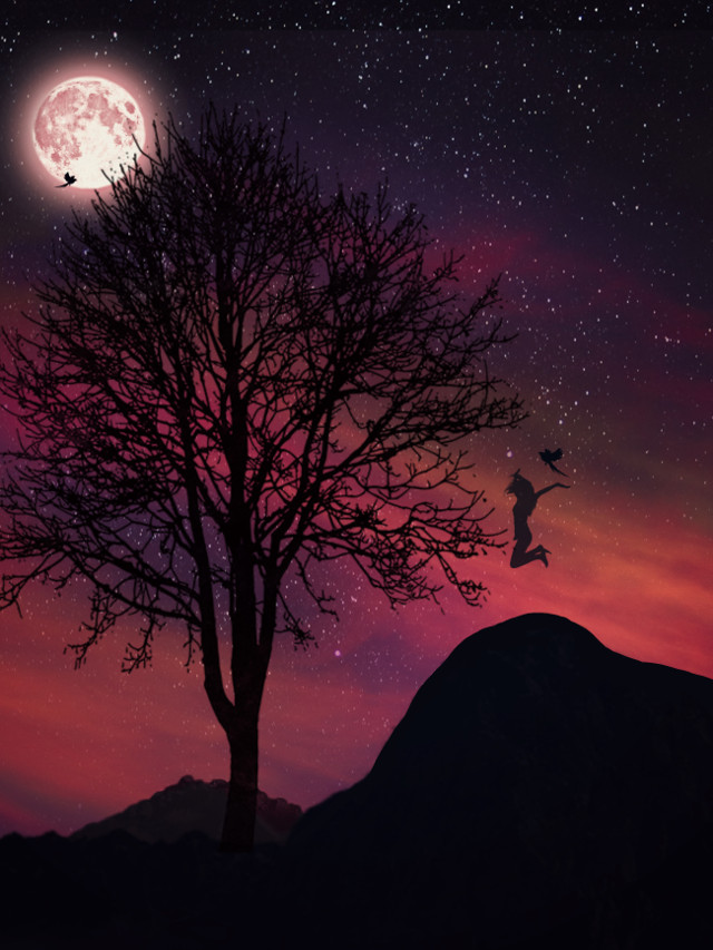 """""""tHeRe iS OnlY oNe HaPpineSs iN tHis LiFe,tO LoVe & Be LoVeD.🕊🕊""""  https://m.youtube.com/watch?v=KSqkF0XEMXY . . .  #freetolove #love #red #logic #redmoon #art #imagination #mountains #silhouette #madewithpicsart #galaxy  #freetoedit"""