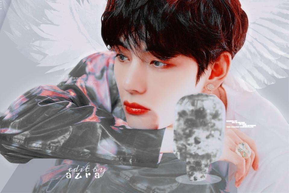 taehyung ⑅‧₍👑₎໑˖ 12.11.19    Angel.   I liked this  design ،    The first design I did not like 😣 .. #bts#taehyung#v#tae#kimtaehyung#btsedit#taetae #angel #love .. ARMY 𖠄☄︎
