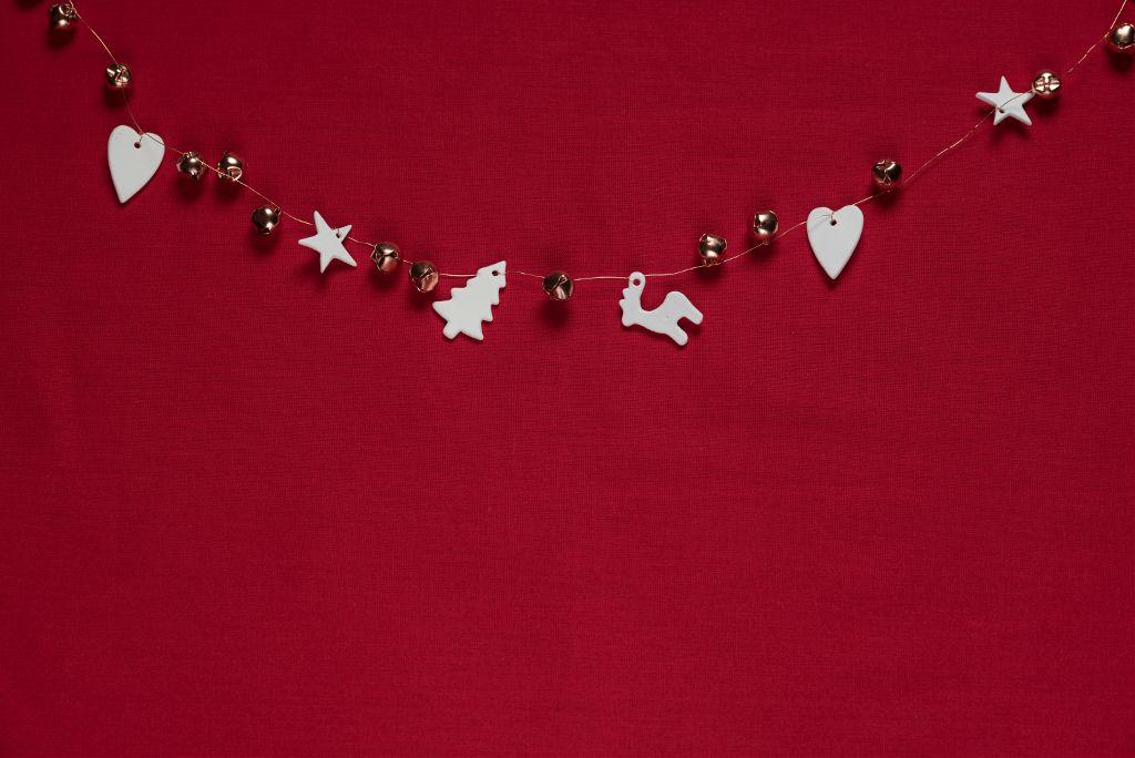Showcase your editing skills Unsplash (Public Domain) #christmas #red #background #backgrounds #freetoedit