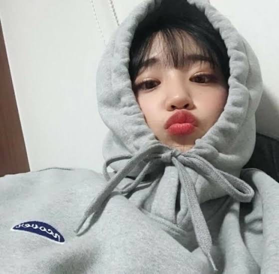 I miss you *makes a kissy face  ❤️Hyeyoung❤️  St:@-chxclatemxlk-