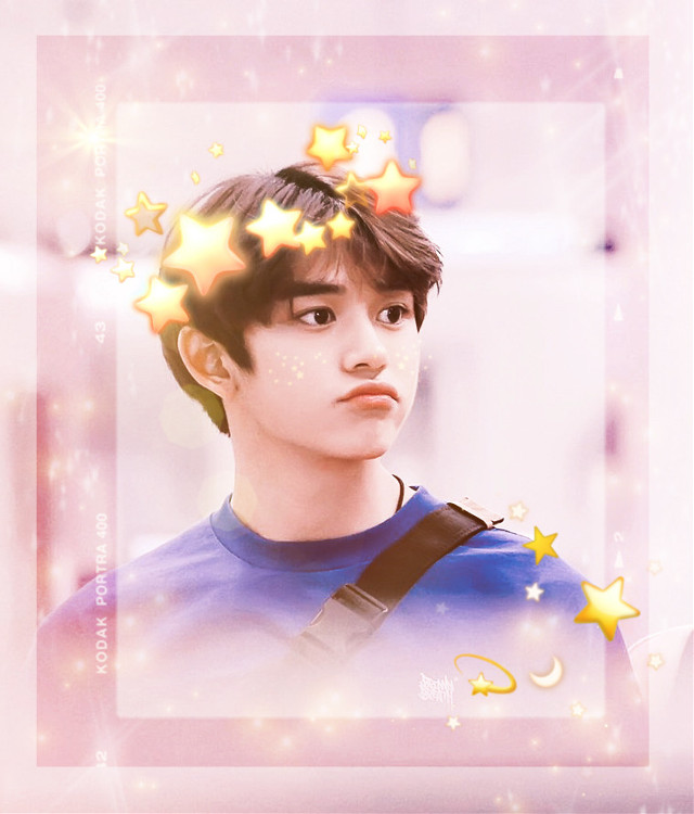 this is not my normal style xD but this pic made me bust a gajillion uwus oml his little pout abdbjsbsvdbabsbdbdbdb #freetoedit #lucas #nct #wayv #superm #soft #cute