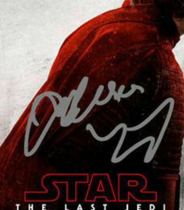 I zoomed in on the autograph