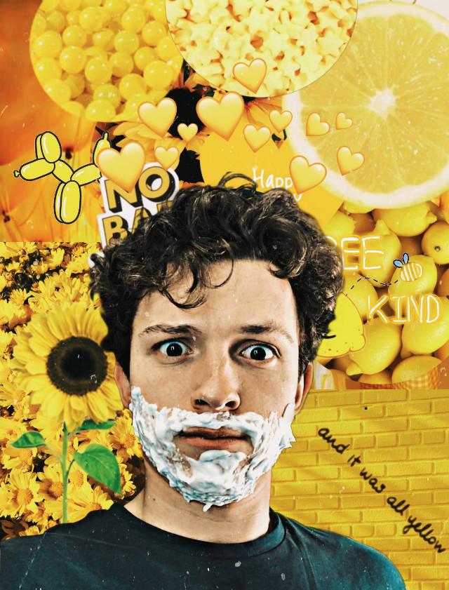 #tomholland #tomhollandedit #spiderman #yellowaesthetic #yellow #tomhollander #sunflowers #fanedit
