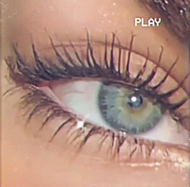 She was stunning🦋 #wallpapers #eye #mascara #aesthetic #beautiful #freetoedit