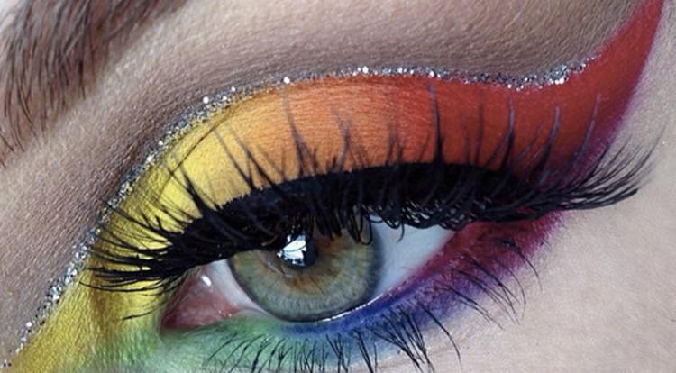 #freetoedit #eyemakeup #eye #eyes #eyelash #eyecloseup #eyeball #rainbow #rainbowmakeup #eyeshadow #eyeliner #eyebrow #eyelashes #eyeart #eyeedit #reccomend #edit #birthday #japan #interesting