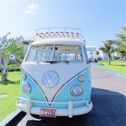 goodvibes truck travel car vehicle drive roll aesthetic asthetic bright colorful vibrent vsco hawaii blue happy pretty sunny summer greengrass palmtrees palmtree clouds cute nature