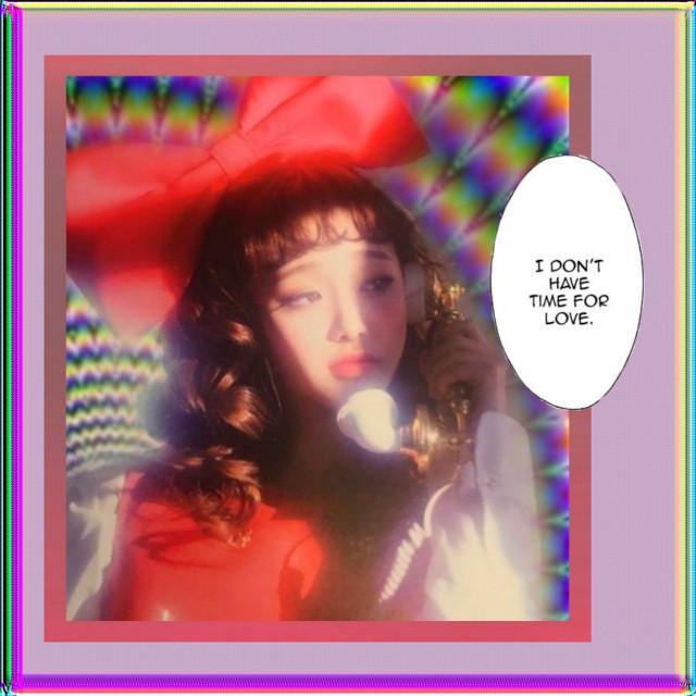 Chuu//loona _ _ #loona #chuu #loonachuu #heartattack #kimjiwoo #jiwoo #orbit #80s #magazine #aesthetic #telephone #vintage #rainbow #comic #cute #background  _ _ Credits: