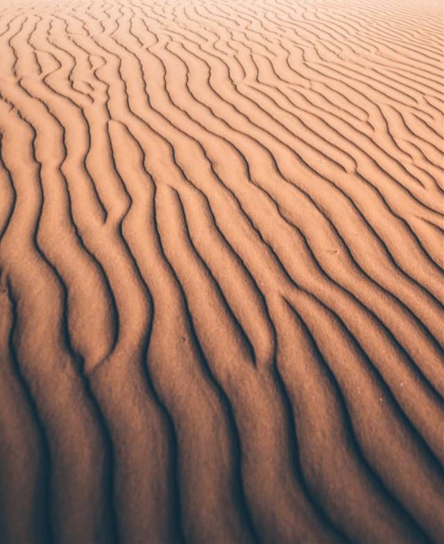 #nature #beachvibes #surface #area #space #emptyspace #sand #beachsand #wetsand #ripplesinthesand #textures #texturesinnature #lines #naturalbeauty #beachphotography