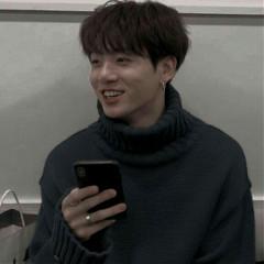 jungkook_kookiee