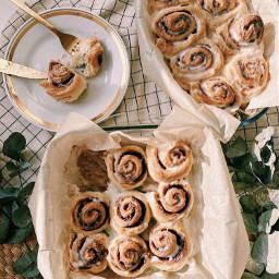 cinnamonroll cinnamon roll food dessert treat treats breakfast aesthetic asthetic