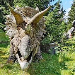 dino dinosaurs amusementpark freizeitpark lostplace looksreal landscape landschaft forrest plech bavaria onceuponatime love photographie photography