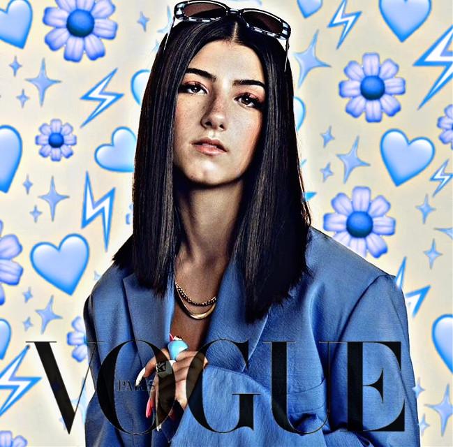 #Vogue #charlidamelio #fashion #picsart