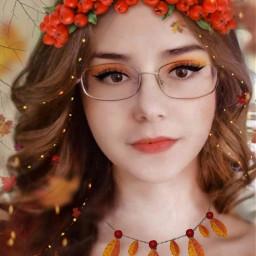 autumn autumncolors autumnleaves headband redberries beautifulgirl