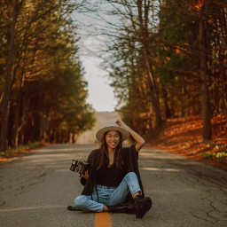 girl girls autumn fall woman women person portrait freetoedit