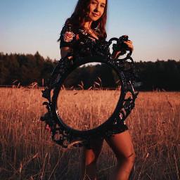interesting art photography photo polishgirl girl fotografia foto lustro okrągłe kolo natura people sun summer pole anythingwithwheels