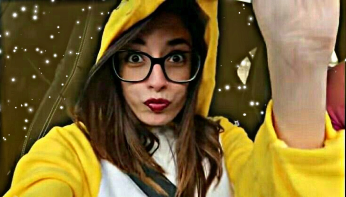 AhhhhHhH muchas gracias por los 80 seguidores los amoooo #lyna #lynitaa #amarillo #eve ##evelyn #evelyna