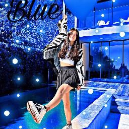 charlidamelio firstpost blue