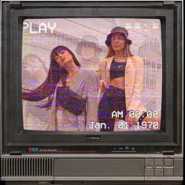 #oldphoto #old #oldtvs #oldtv #girl #tv #play