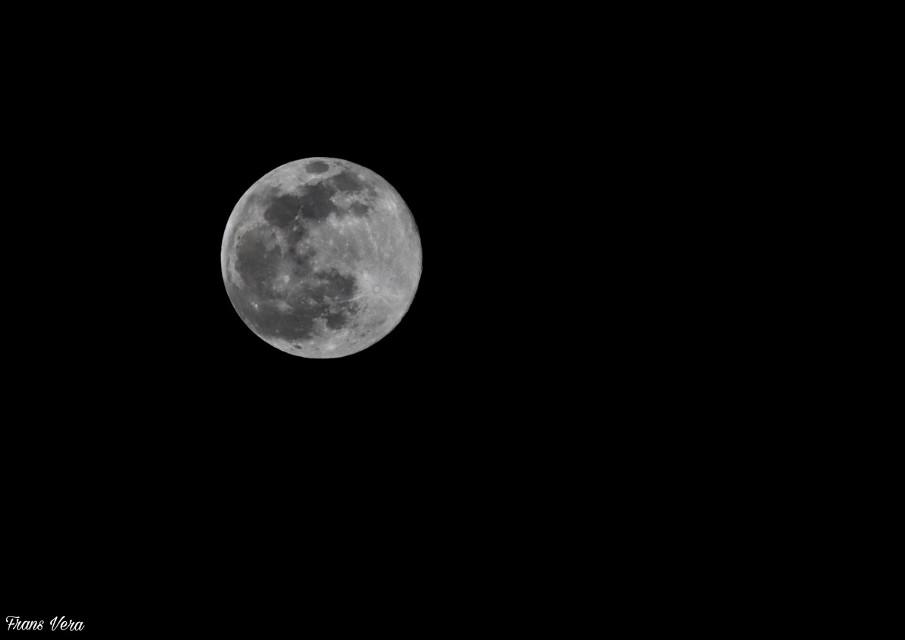 #Canon #eos90d #objetivo #70/200mm #L #photocanon#parla #Madrid #teleconverter x2 III #Luna llena.