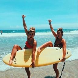 beach summer bestfriends surfboard