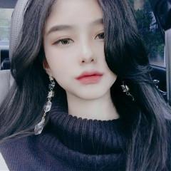 -hwa-young-