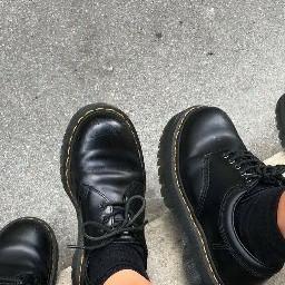 aesthetic asthetic aesthetics asthetics shoes autumn fall docmartens docmartins
